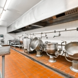 Commercial Grade Kitchen Avaiable For Lease Image 2
