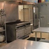 Thrive To Go .Kitchen. Rental Image 2