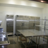 Large GREEN Production Fully Equipped Kitchen + Office Space Near LAX Image 4